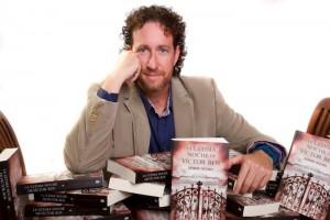 Jerónimo Tristante presenta su última novela en Fnac Murcia